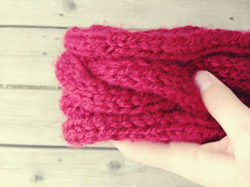 Free Skinny Cable Knit Scarf Pattern
